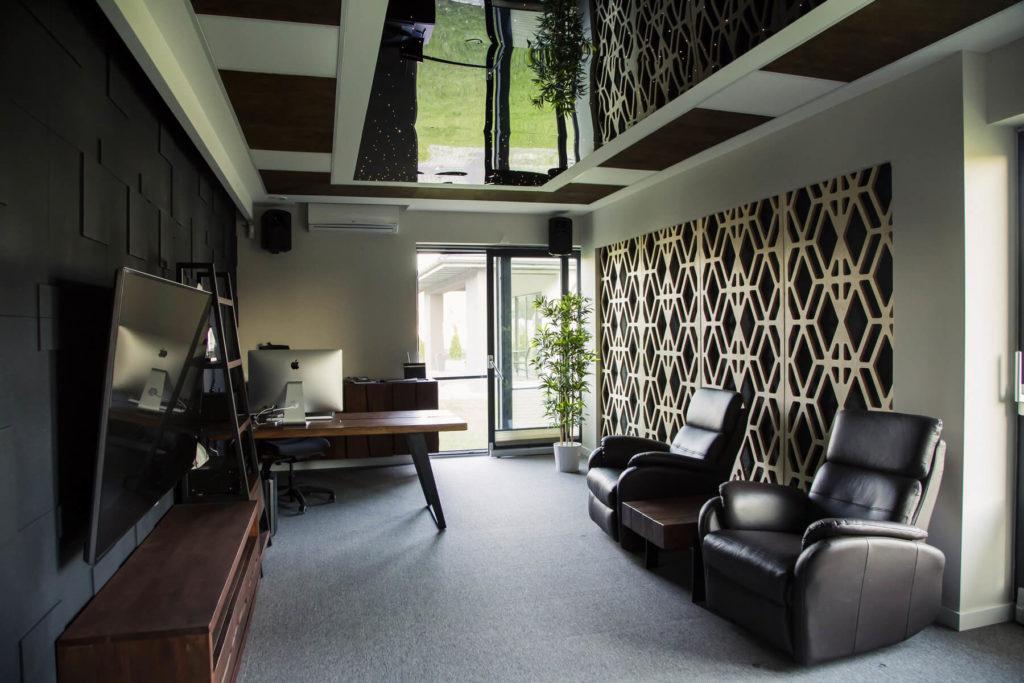 Panele ażurowe dekoracyjne z drewna